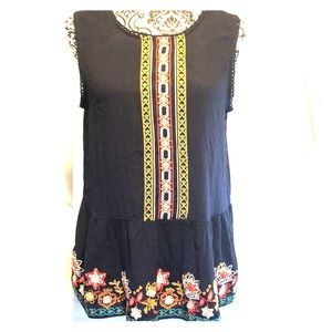 Tops - Beautiful blouse with embroidery size M